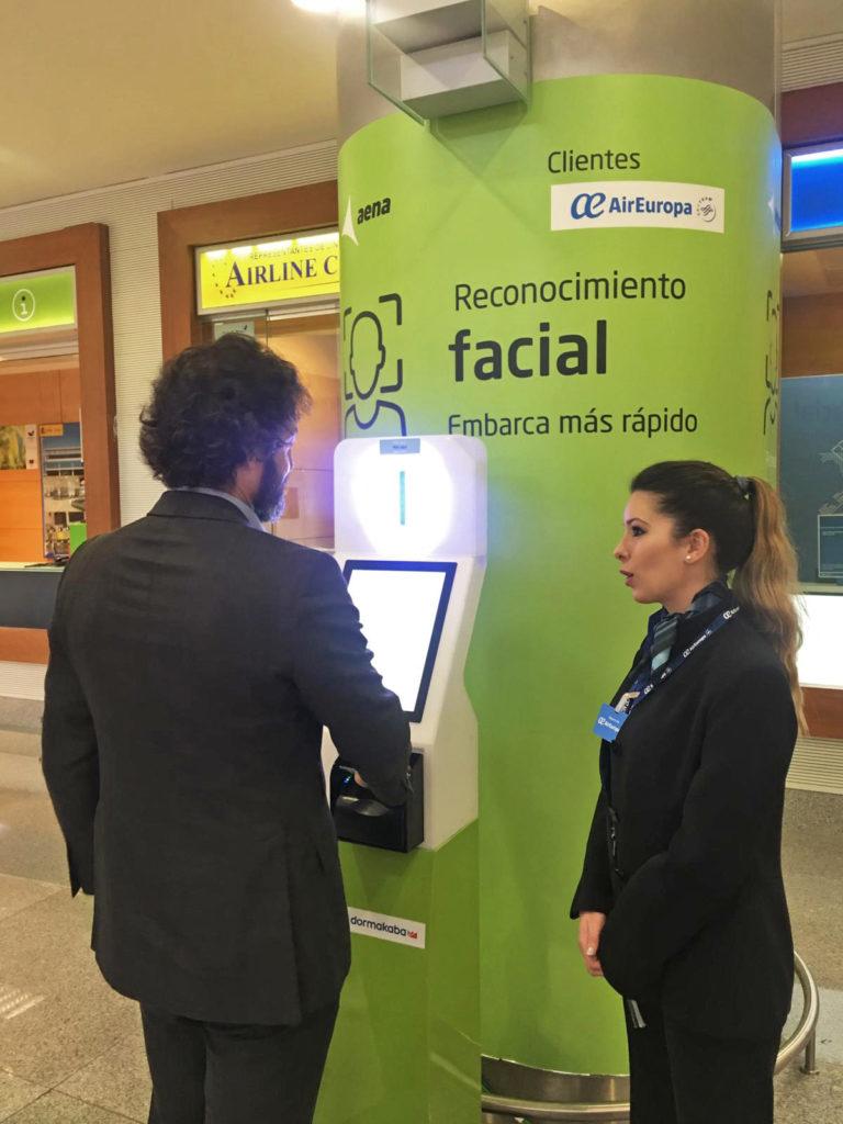 biometric reconigtion, facial boarding